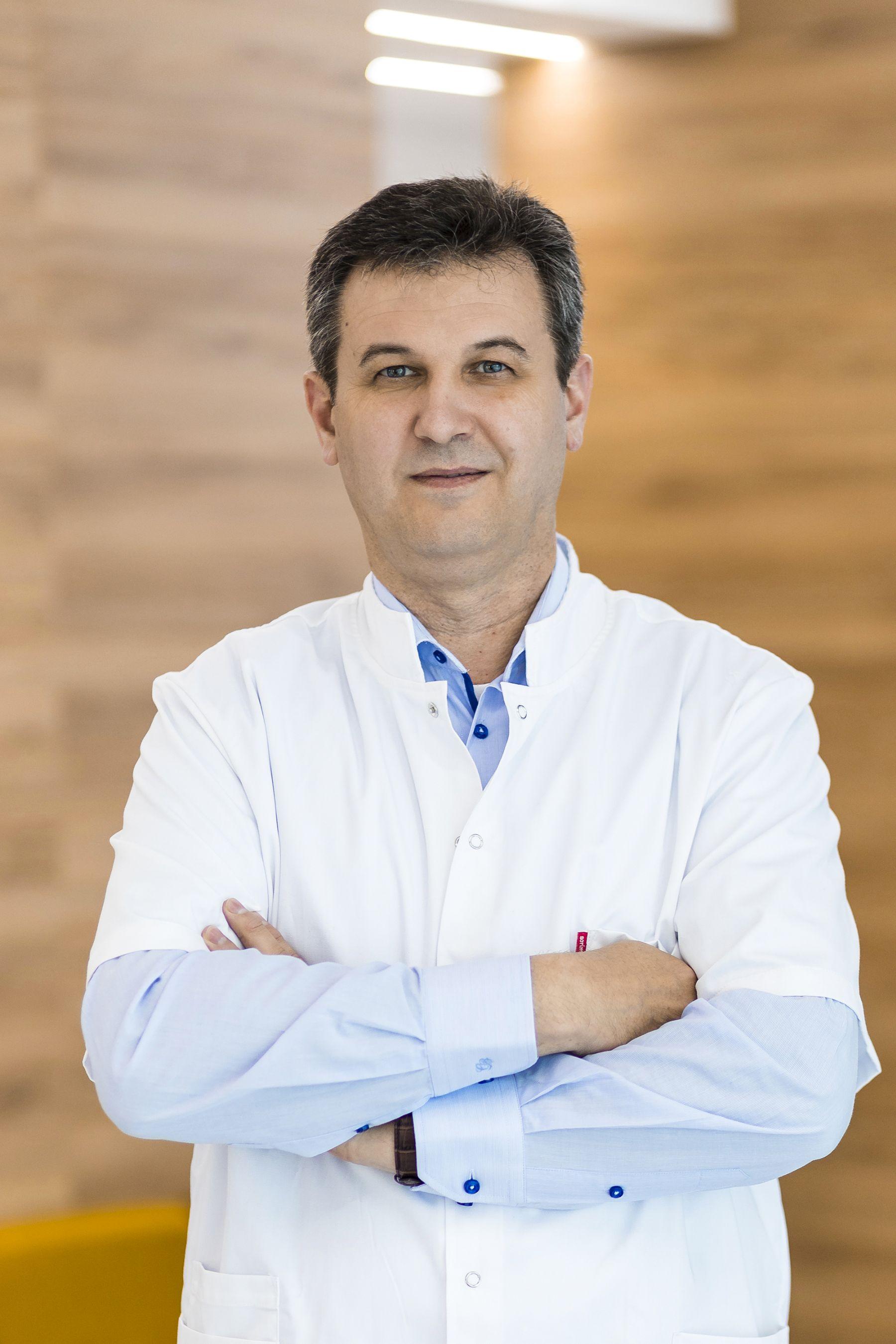 Dr. Cornea Cornel : Medic specialist chirurgie vasculară